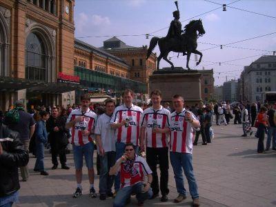 Gruppenfoto der Maanzer Bullen in der Innenstadt von Hannover