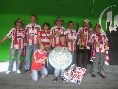 Gruppenfoto WOB gegen FCB